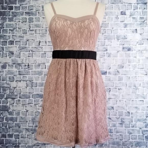 Elle Dresses & Skirts - Elle Nude Lace Summer Dress w/ Sweetheart Neckline